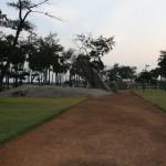 Mahabalipuram, la grotte du Tigre, garden