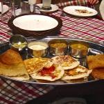 Dosas plate, cours de cuisine indienne en Inde