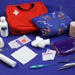 Pharmacie de voyage, kit de base