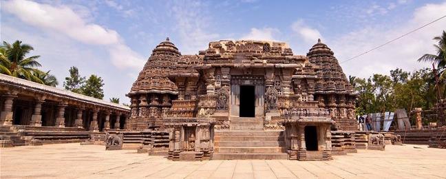 Somanathapura Keshava Temple. Photographer Srinivasa83 https://commons.wikimedia.org/wiki/File:Somanathapura_Keshava_Temple.jpg#/media/File:Somanathapura_Keshava_Temple.jpg