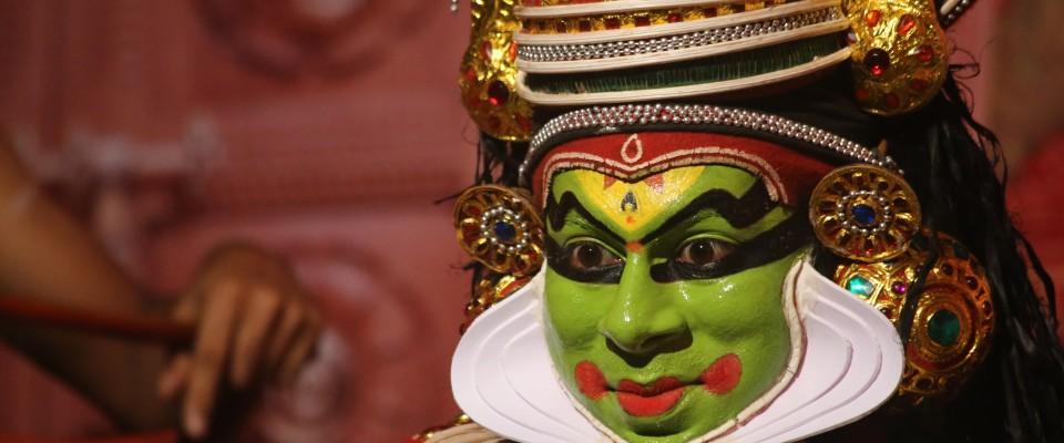 Mahabalipuram_Danse_festival_Kathakali_a