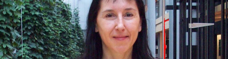 Yoga teacher, Annette Pedde