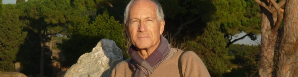 Yoga teacher Rémy Mendelzweig